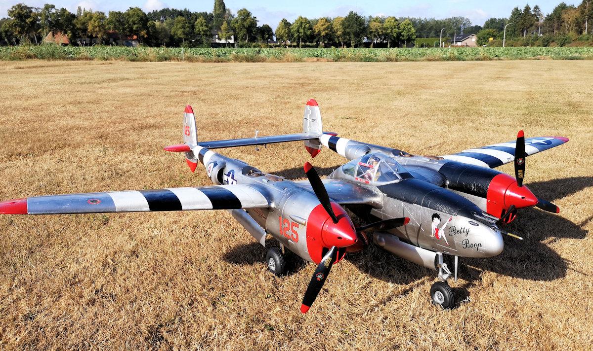 P-38L Lightning front - detail